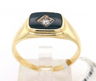 9ct Yellow Gold Black Onyx Ring