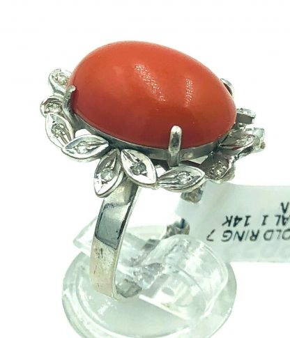 Vintage 14ct White Gold Coral & Diamond Ring
