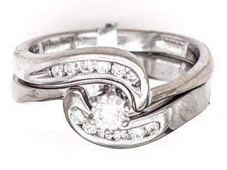 18ct Yellow Gold 31 Diamond Bridal Ring Set with Valuation