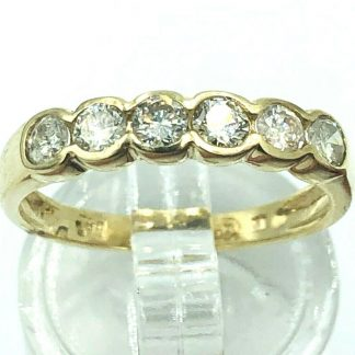 18ct Yellow Gold 6 Diamond Ring