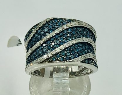 10ct White Gold Blue & White Diamond Ring with Valuation
