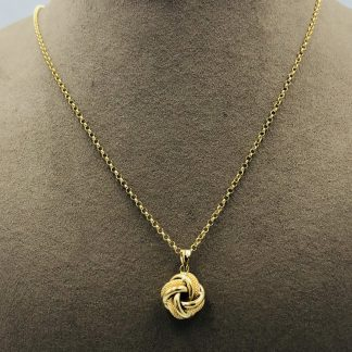 18ct Yellow Gold Pendant & Necklace