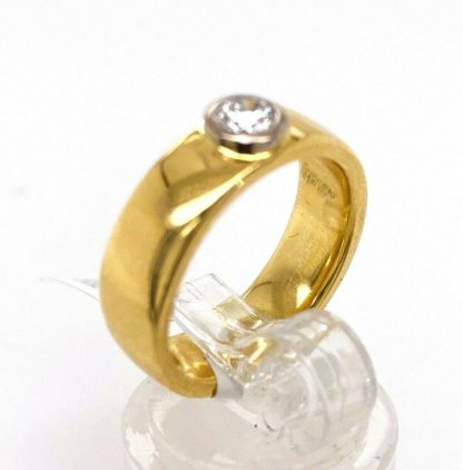 18ct Yellow Gold Diamond Solitaire Ring with Valuation