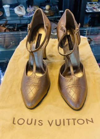 Louis Vuitton Gold Leather High Heels
