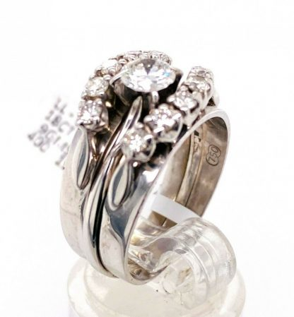 18ct White Gold Diamond Ring Set with Valuation