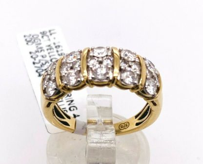 9ct Yellow Gold 20 Diamond Ring With Valuation