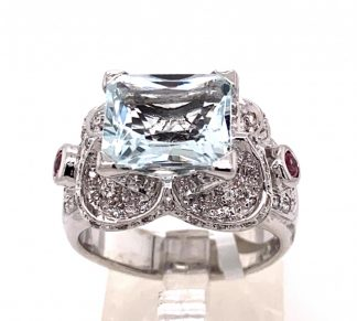 14ct White Gold Aquamarine & Diamond Ring with Valuation