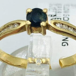 18ct Yellow Gold Blue Sapphire & Diamond Ring