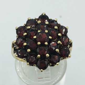 Vintage 9ct Solid Yellow Gold Garnet Cluster Ring