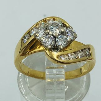 18ct Yellow Gold 13 Diamond Cluster Ring with Valuation