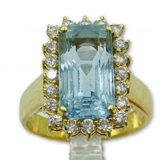 18ct Yellow Gold 4.5ct Aquamarine Diamond Ring with Valuation