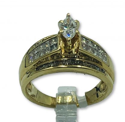 9ct Yellow Gold Diamond Cross Over Ring With Valuation